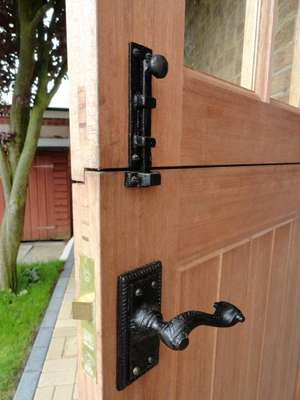Bolt & Latch on Stable Door